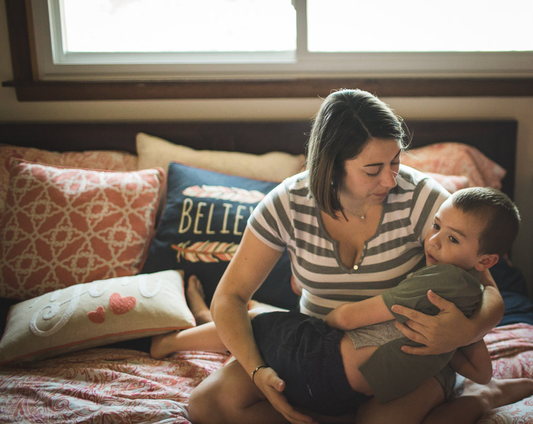 Northwest Indiana Lifestyle Newborn Family Session, Home Session, Natural Light, Laura Duggleby Photography-57.JPG