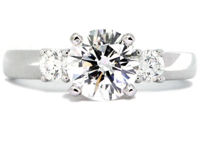 ThreeStone Round Diamond Engagement Ring Setting Diamond