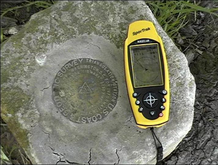 Handheld GPS.png
