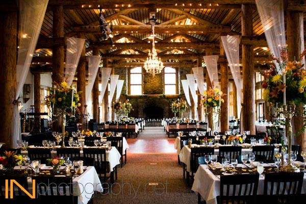 Timber Ridge at Keystone Resort, floral arrangements and decor by Creative Flowers Inc | Petal and Bean of Breckenridge, Colorado.  | photo [INphotography.net]