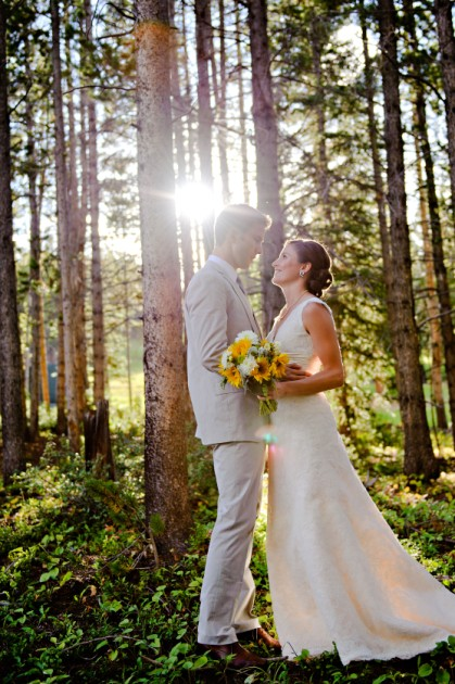 {REAL MOUNTAIN WEDDING } Lindsey + Jeff at Ten Mile Station in Breckenridge, Colorado.  Featured in The Knot Magazine.  |  photo[rachelolsenphotography.com]