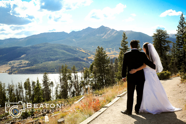 { REAL MOUNTAIN WEDDING } Meghan + Travis at Sapphire Point Overlook near Keystone, Colorado  |  photo[beatonphotography.com]  Keystone Wedding Photography