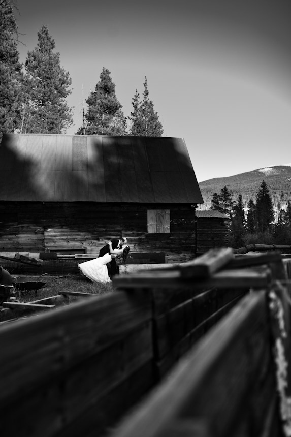 { Real Mountain Wedding } Beth + Mark in Breckenridge, Colorado  |  photo[briankraft.com]  Breckenridge Wedding Photography, Breckenridge Wedding Planner, Colorado Wedding Blog, Rocky Mountain Destination Wedding
