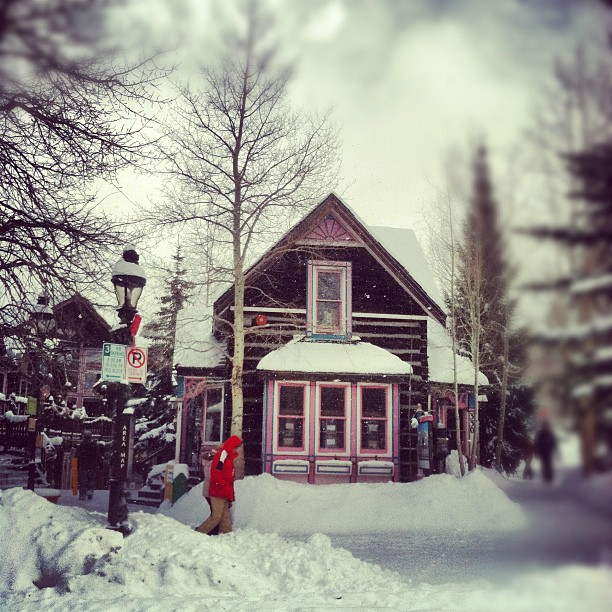 [Mountain Town] A Photoblog Tour of Breckenridge, Colorado  |  Breckenridge wedding planner, venues, restaurants, ceremony, reception, rehearsal dinner, museums, activities