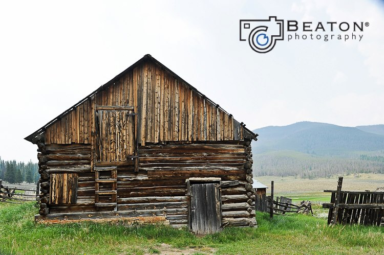 [ Photo Shoot Location ] The Barns at the Back Ranch in Keystone, Colorado  |  Destination Wedding, Summit County, Kay Beaton, Beaton Photography
