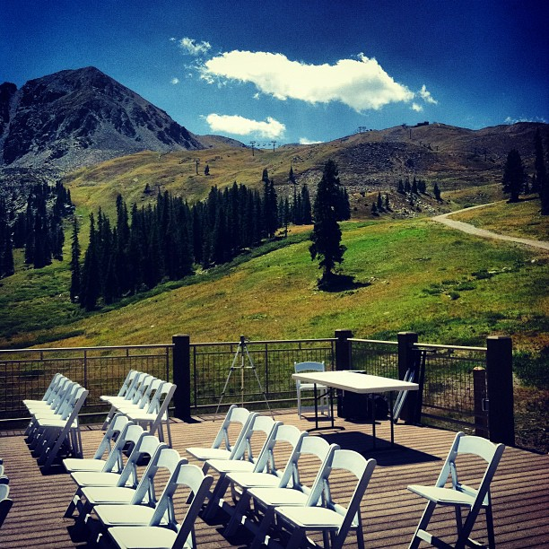 [ Venue ] The Black Mountain Lodge at Arapahoe Basin.  |  A-Basin, The Basin, Wedding Location, Summit County, Breckenridge