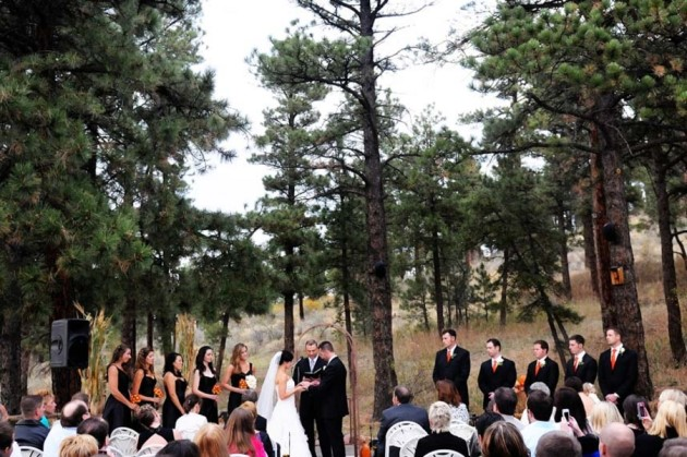 Keri + John at the Chief Hosa Lodge in Colorado | Photo by Chris Gentile Photography