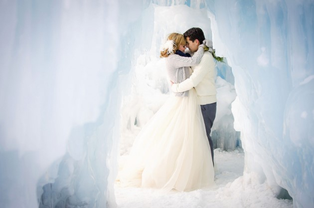 Gleave + Fabian: Styled Shoot at the Ice Castles in Breckenridge, Colorado | Image: Green Blossom Photography