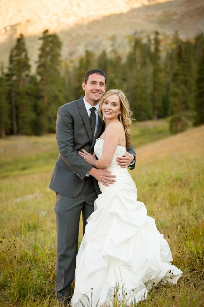 Sara + Kurt: Black Mountain Lodge Wedding at Arapahoe Basin