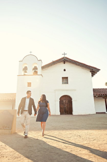 Cinthia + Melvin: Stearns Wharf Wedding in California | Image: Melvin Gilbert Photography
