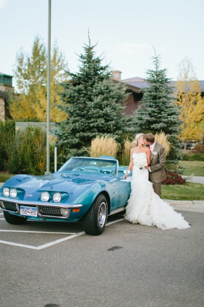 Jessica + Kevin: Eagle, Colorado Wedding at Adam's Rib Ranch | Image: Captivated Photography