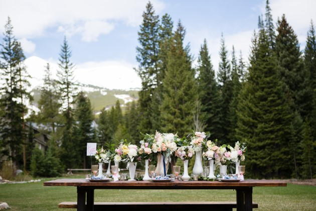 Styled Shoot at Breckenridge Wedding Venue, the Oh Be Joyful Lodge | Image: Sarah Roshan, Wedding Photographer