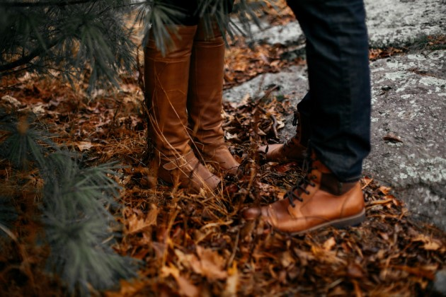 Alisha + Jonathan: Rainy Day Engagement in North Carolina | Image: Eleveneleven Films and Photography