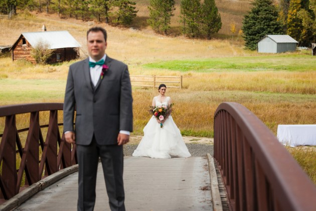 Stephanie + Chris: Riverside Ranch Wedding in Idaho | Image: Cimbalik Photography