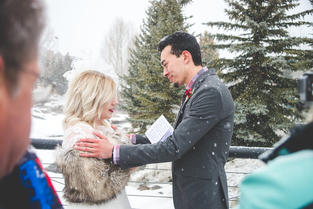 Snowy winter elopement in the heart of Breckenridge, Colorado | Keeping Composure Photography | Summit Mountain Weddings