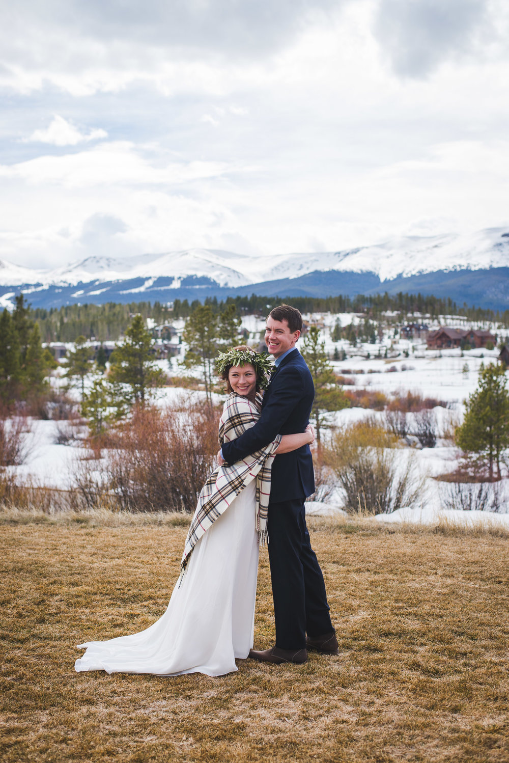 Late winter Breckenridge, Colorado destination elopement in the mountains | Summit Mountain Weddings + Keeping Composure Photography
