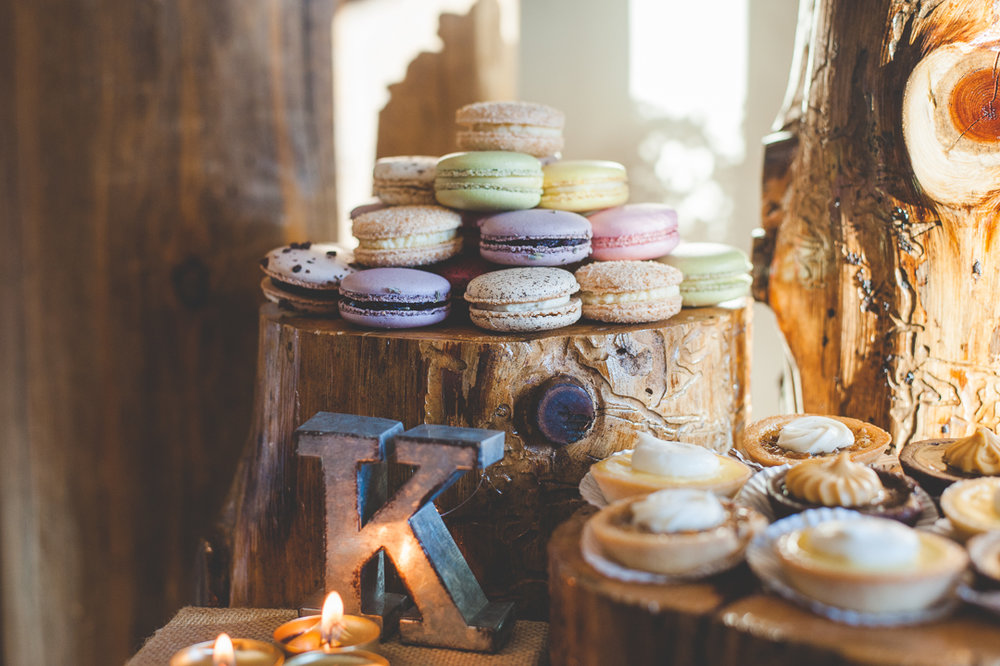 rustic wood wedding dessert displays