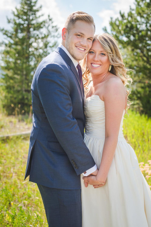 colorado bride and groom small wedding by lake dillon | summit mountain weddings