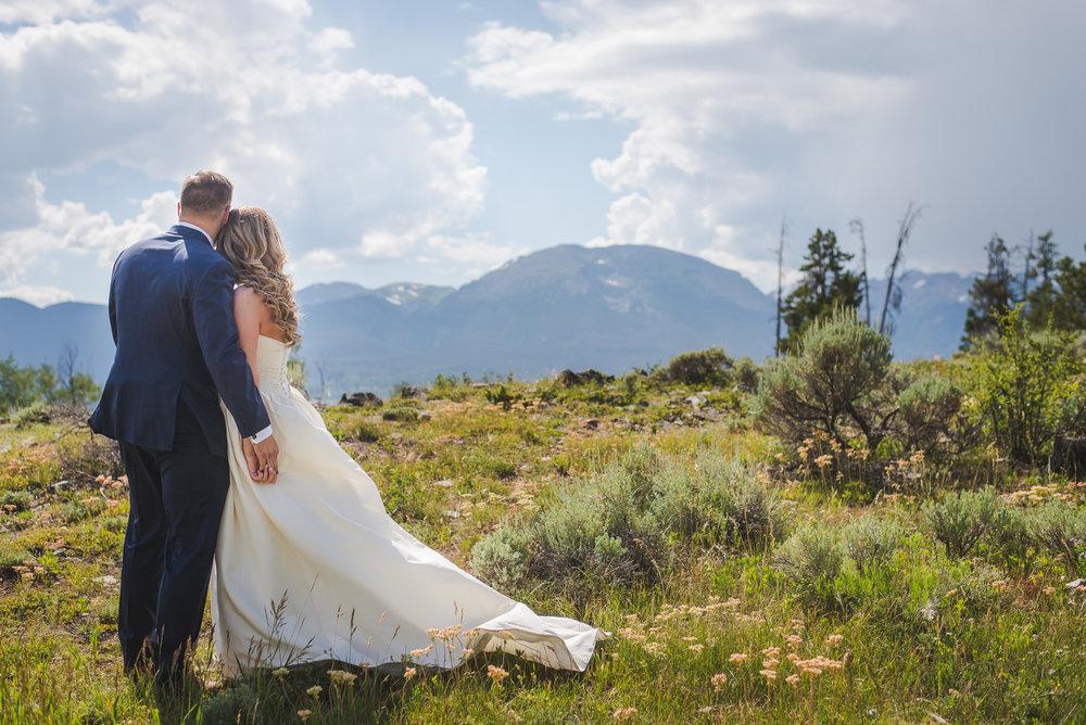 colorado bride and groom small wedding buffalo mountain breckenridge colorado | summit mountain weddings