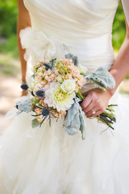 bride flowers |Summit Mountain Weddings Intimate Wedding | Breckenridge, Colorado elopement photographer