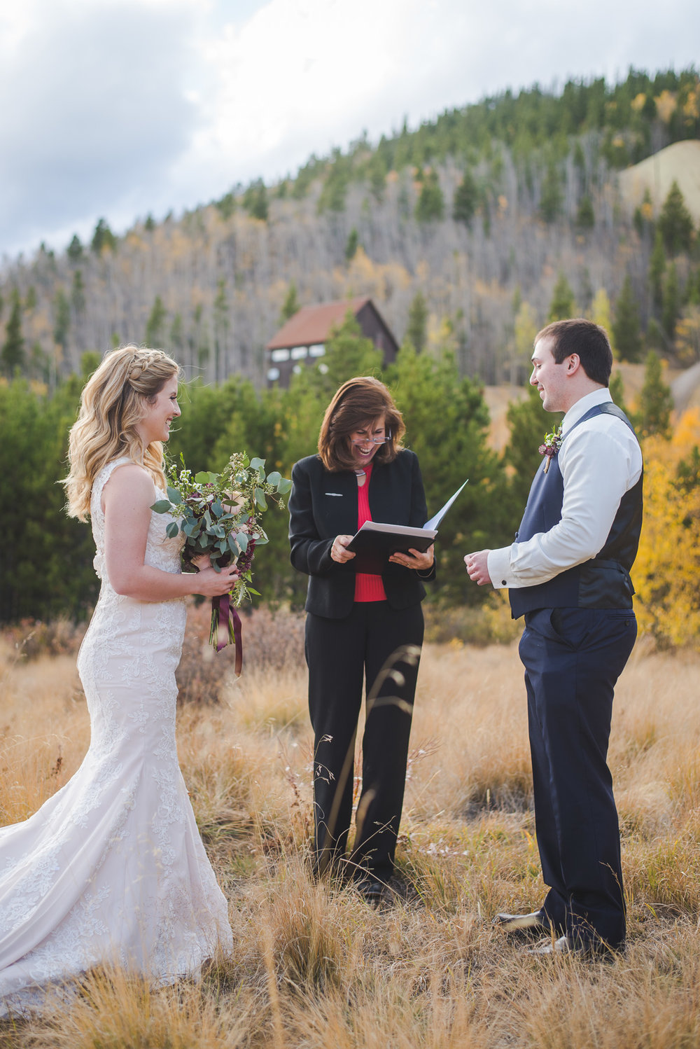 Autumn elopement in Breckenridge, Colorado | Summit Mountain Weddings