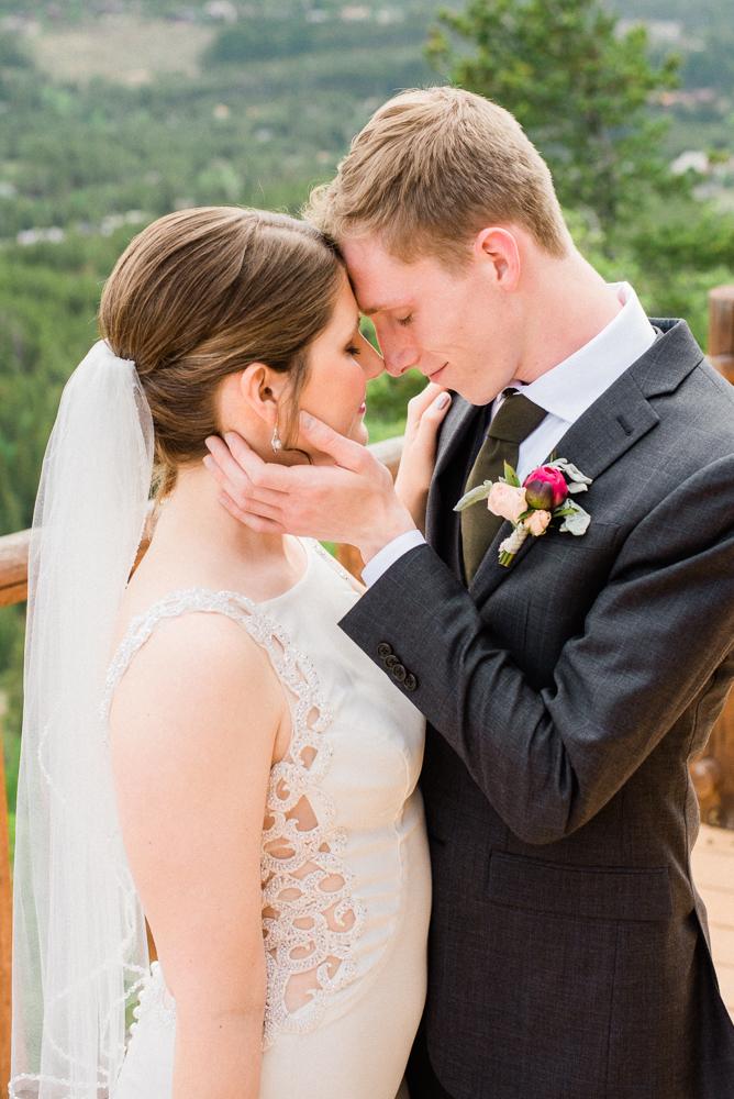 lodge at breckenridge wedding couple