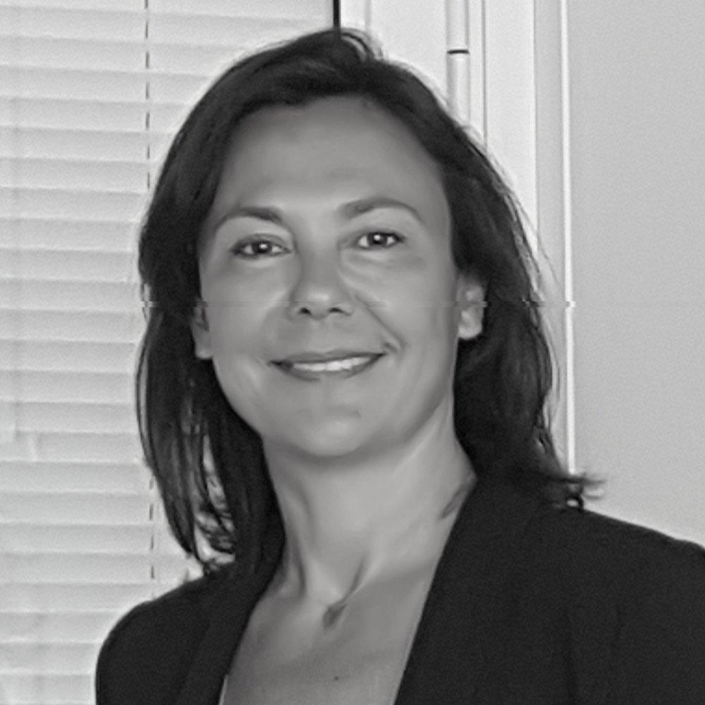 Isabelle André - 52 ans, exerce dans le coaching, depuis 2001. Elle rejoint Oasys Consultants en 2012 et devient Directrice de la practice RH et Conseil. Depuis 2017 elle est Directrice de la practice Coaching d'Oasys. Elle enseigne le coaching à l'IFOD depuis 2007.Son LinkedIn
