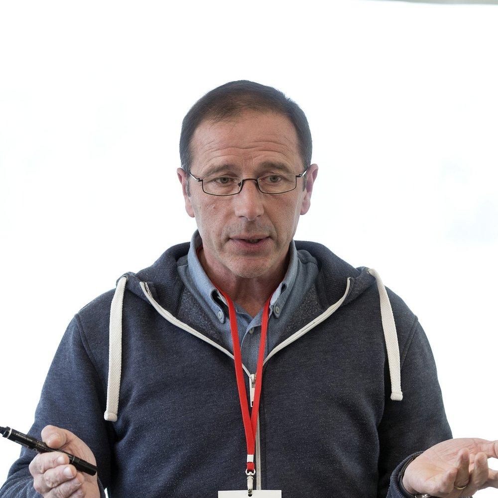 - Guillaume AntoineCréateur et Directeur de Horses&Coaching®, consultant équin, Coach, Instructeur, Opérateur en Éthologie équestre et membre du SynPAAC.