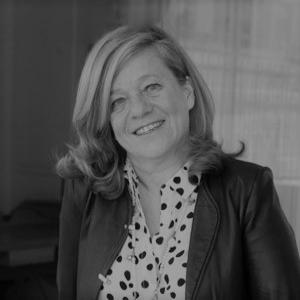 Sylvie Gounelle - Formée à l'académie du coaching en 2006, Executive Coach & directrice de Mission chez Version Originale. J'ai découvert avec Horses & Coaching à quel point il aide les dirigeants et leurs managers pour maitriser les facteurs clés d'un leadership inspirant.Son site