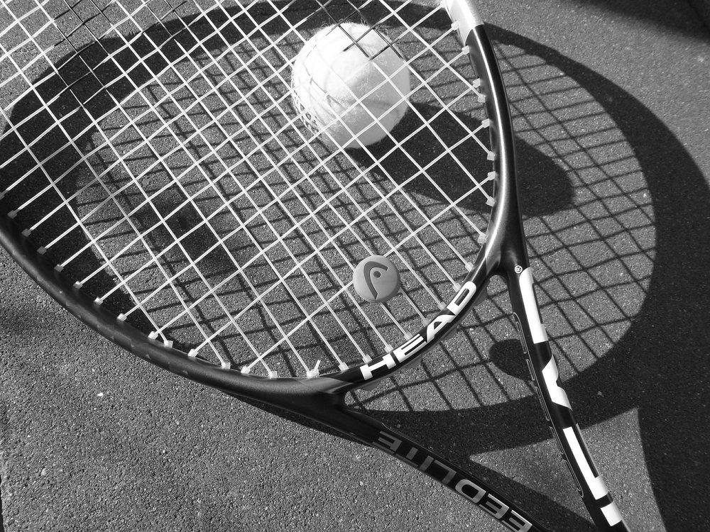 tennis-363663_1920.jpg