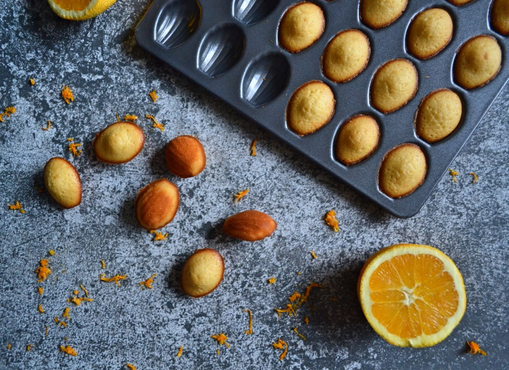 Мадлени с вода от портокалови цветчета и мед -