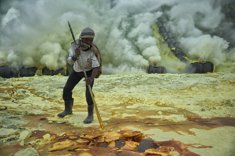 Collecting Sulphur, Ijen Volcano, Indonesia, 2012.