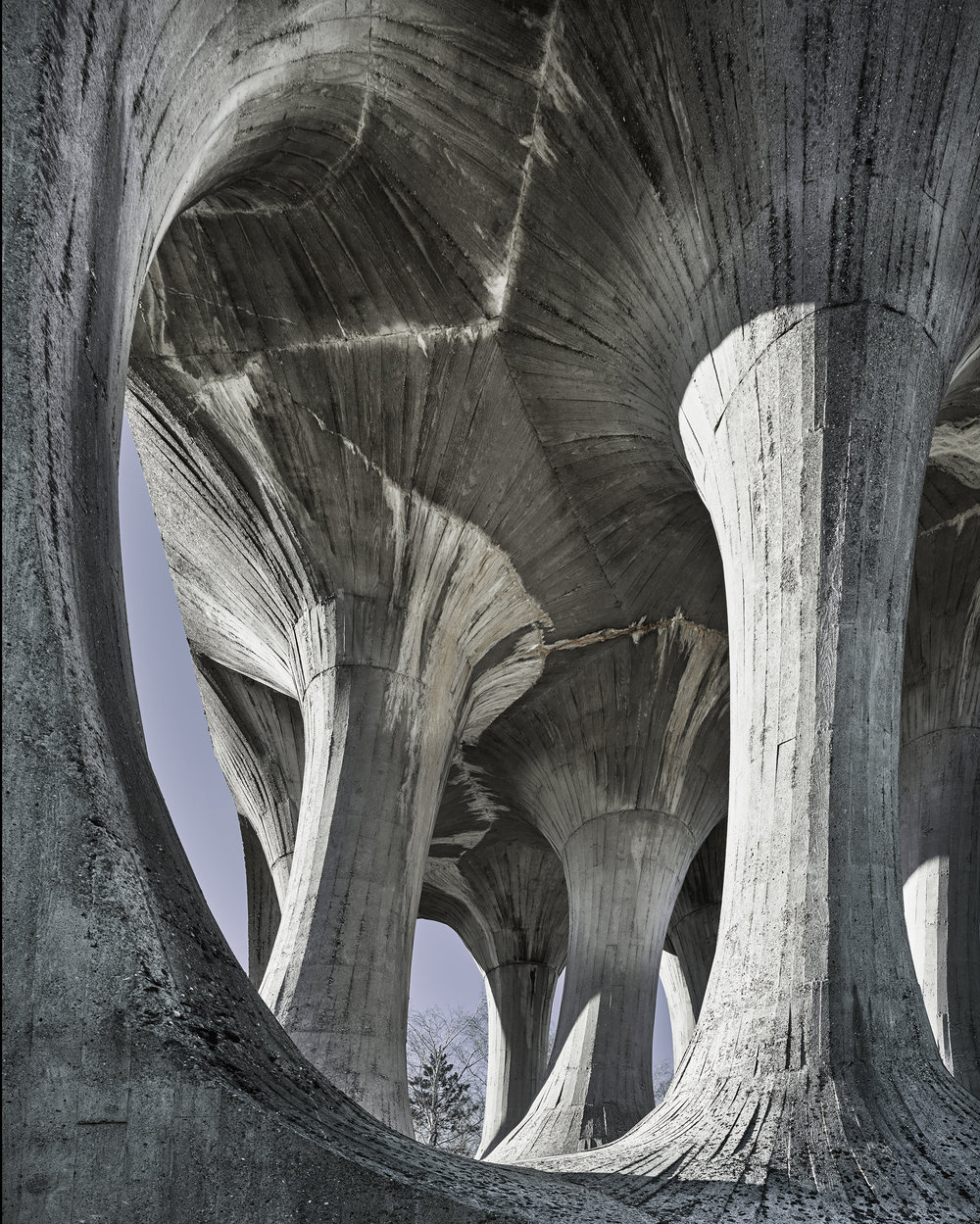 1965_monumentfallenfighters.jpg