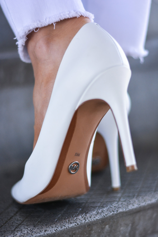 Top -  Red Haute  Jeans -  Articles of Society Shoes -  Michael Kors   Bracelet -  Ladybug Couture Sunglasses & Bag -  Chanel  Earrings -  Aqua (similar)