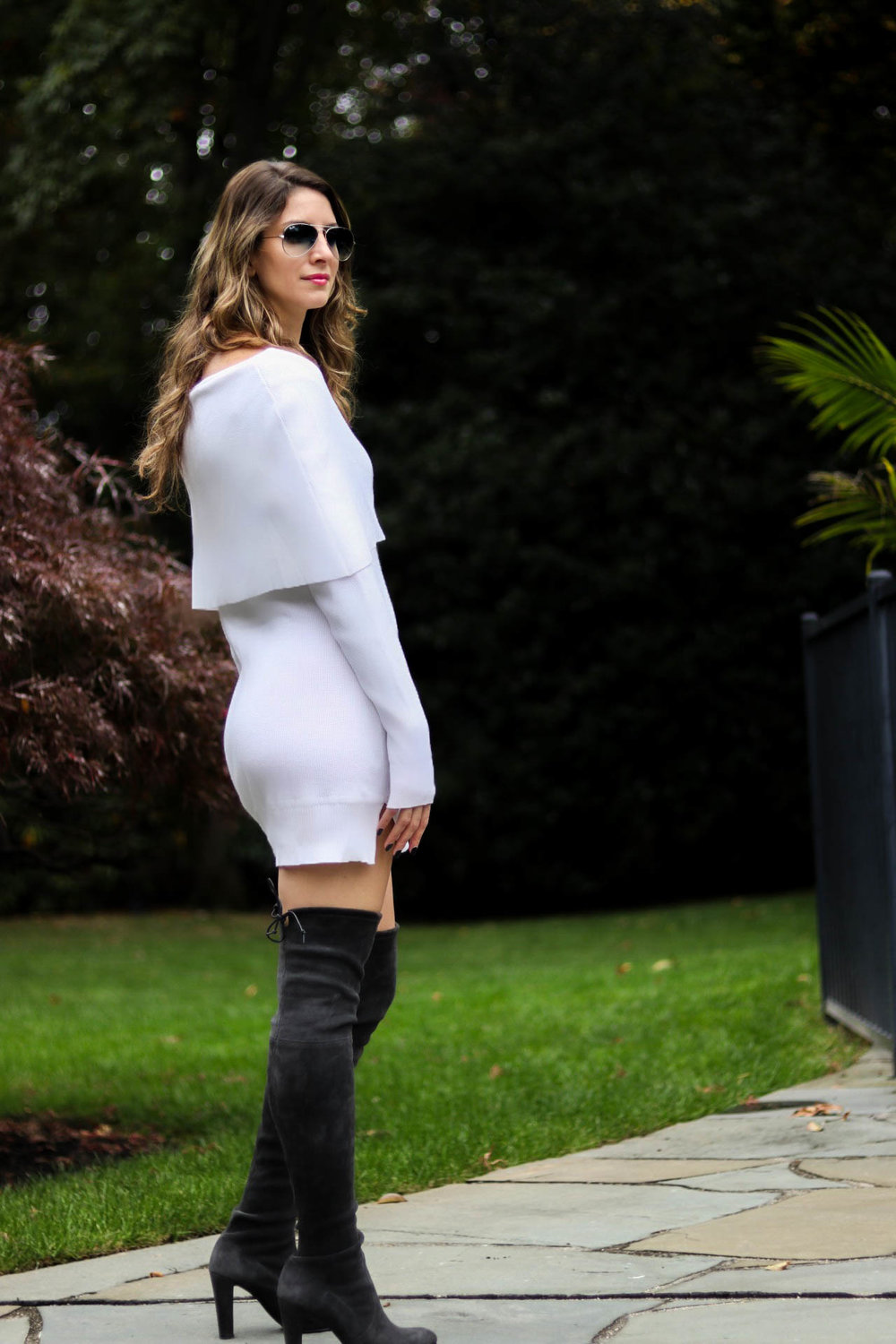 white sweater and boots-3.jpg