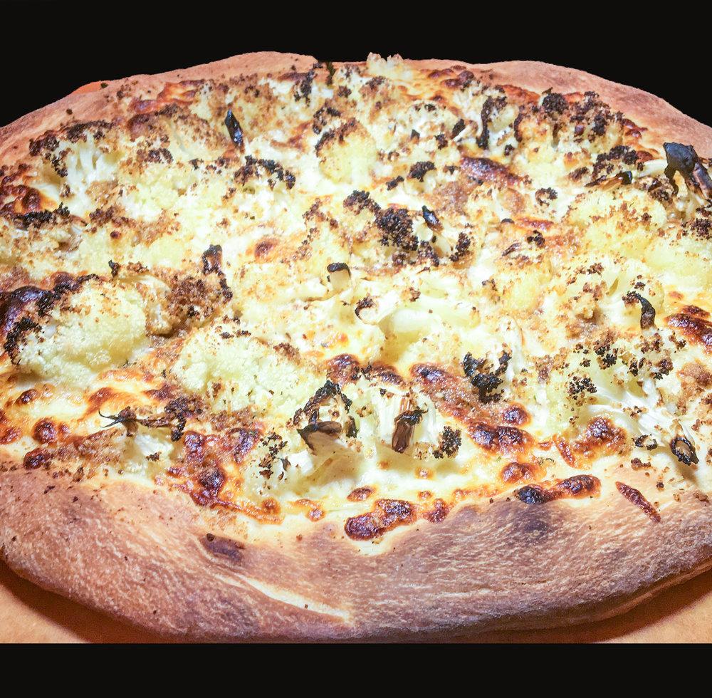 cauliflower pizza fashionablefoodieny