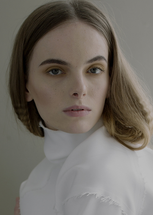 Paulina Munter Scouted via GMS in 2014, placed with Nisch Management.