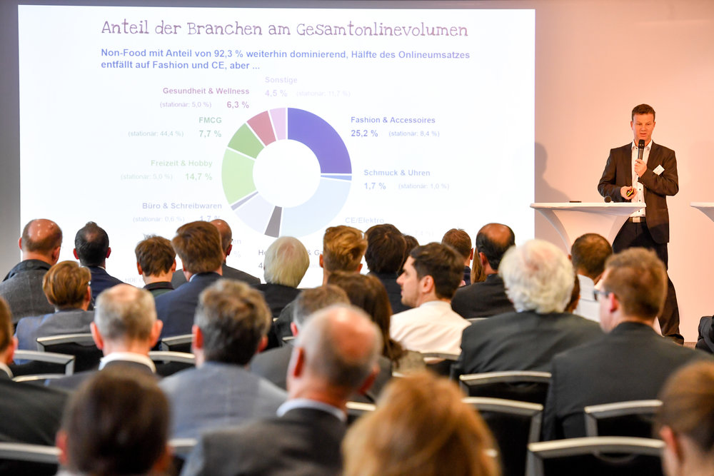 Keynote of Dr. Kai Hudetz (IFH Institut für Handelsforschung) on Future Trends in Digital Commerce and Smart Logistics