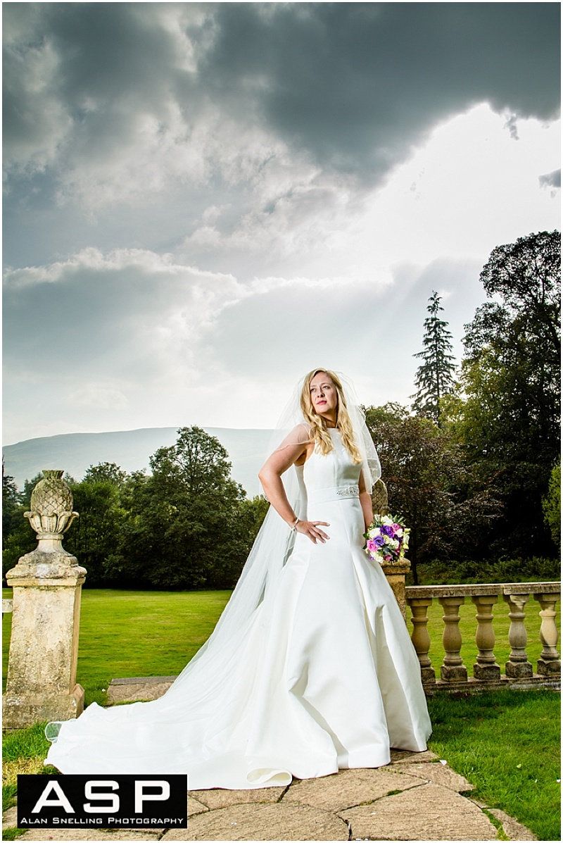 Wedding Photographer Lanarkshire_0023.jpg