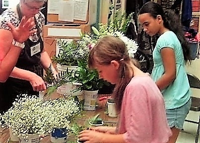 Immersed in the Power of Flowers workshop