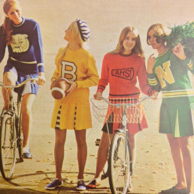 Classic Dehen Cheer Uniforms