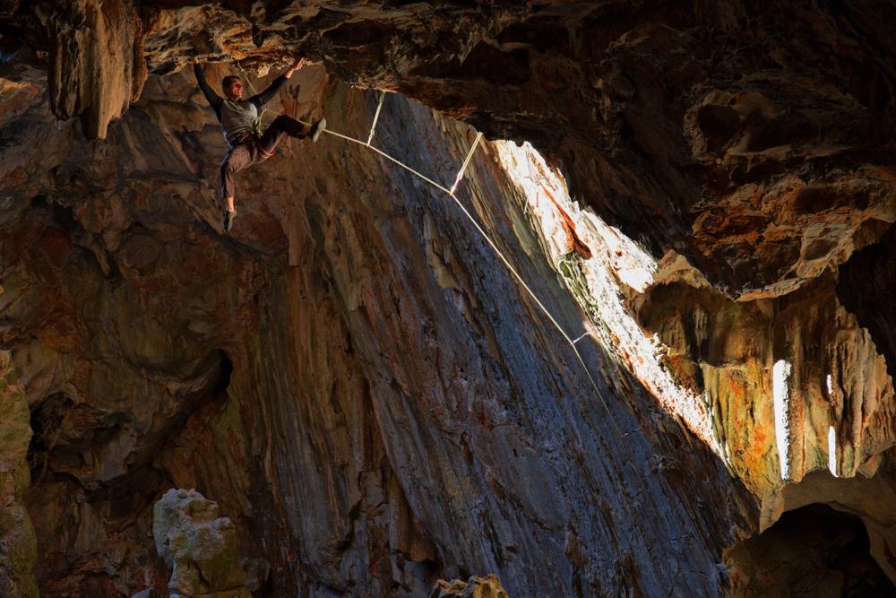grotte opoul.jpg