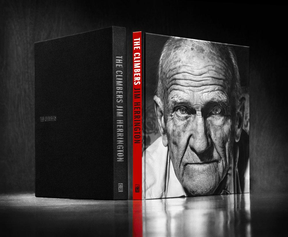 BookPhotoBW6.jpg