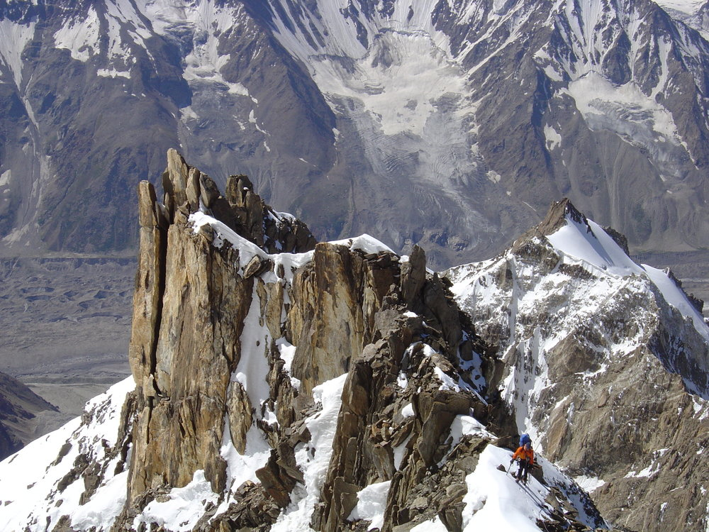 Climbing+on+1st+day+on+Mazeno+Ridge+Doug+photo+DSC00875.jpg