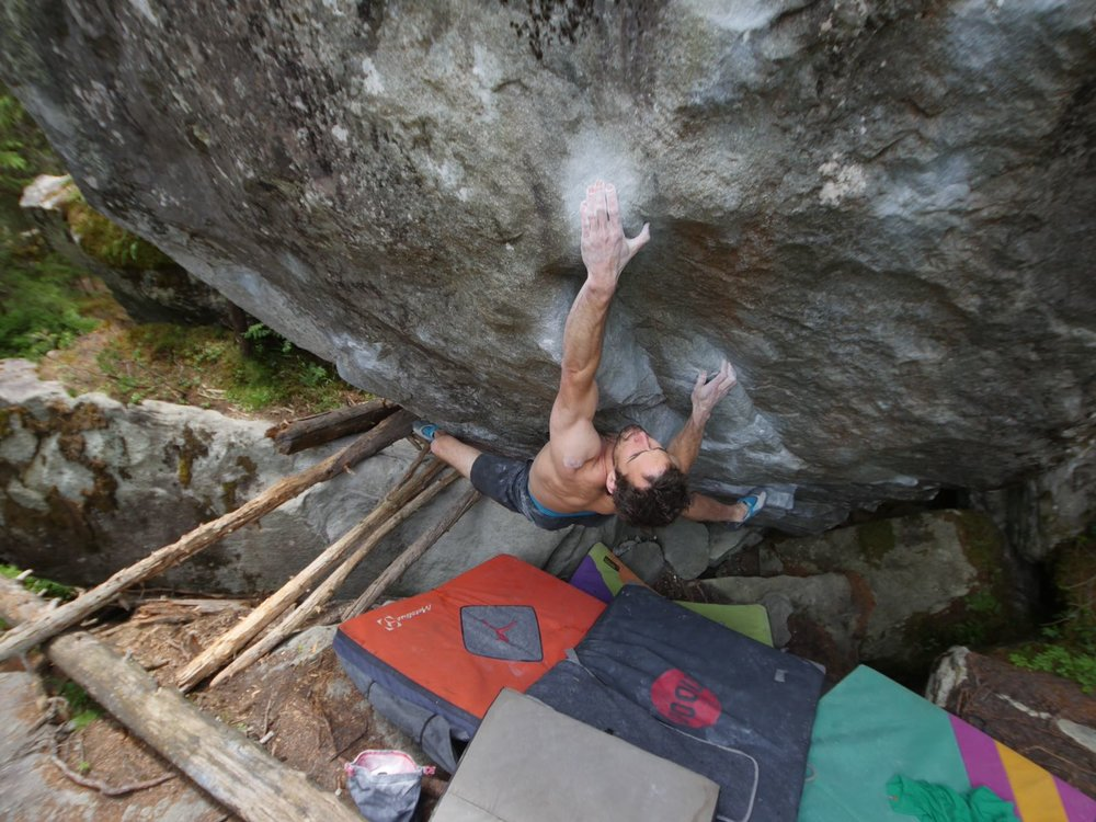 David Mason on  Electroboogie  8a V11. Photo: James Turnbull