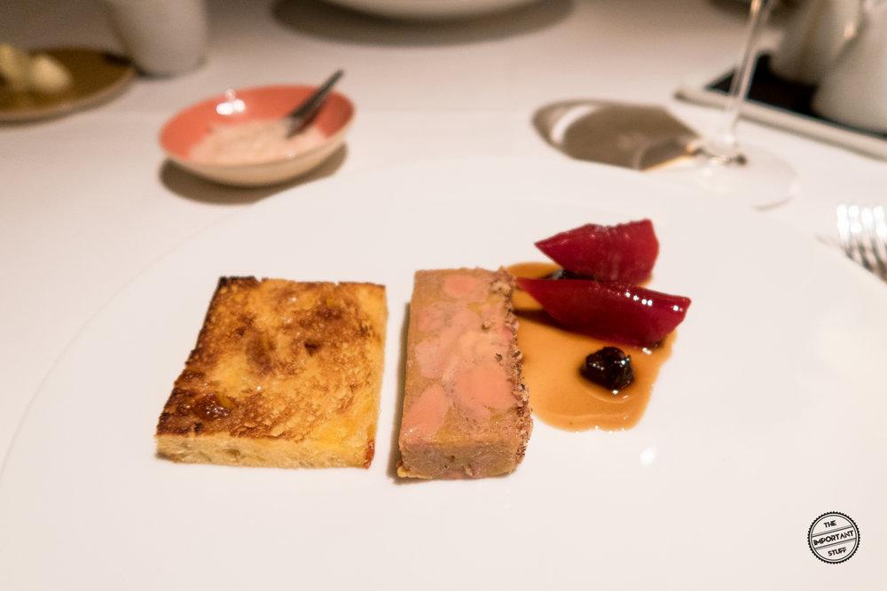 mesa_sebastian_roesch_foie_gras