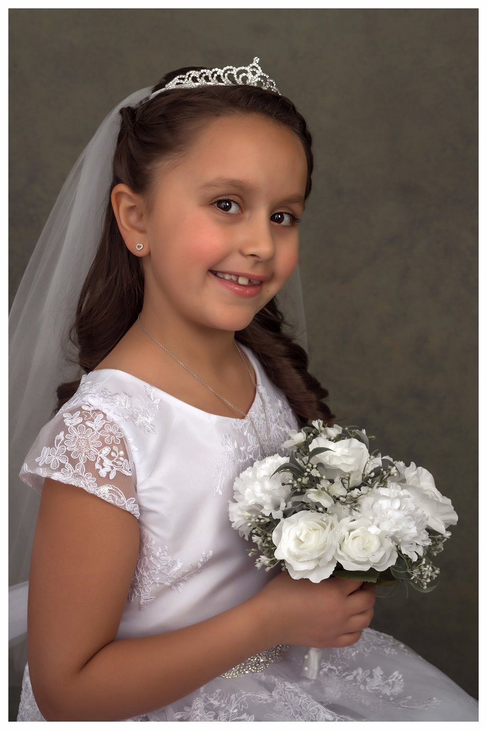 sofia communion-20 cropped for card RFP online.jpg