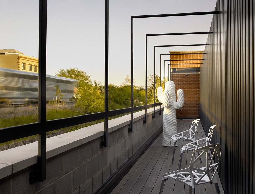 Leo_Designs_Chicago_interior_design_contemporary_inspired_nail_factory_conversion15.jpg