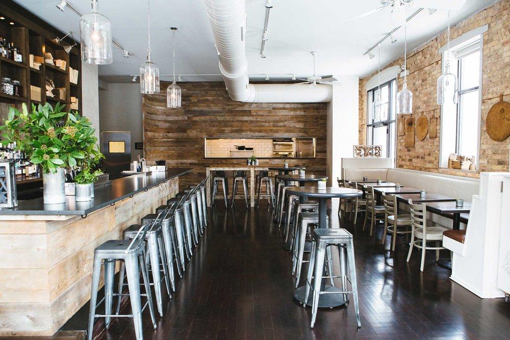 Leo_Designs_Chicago_interior_design_white_oak_tavern2.jpg