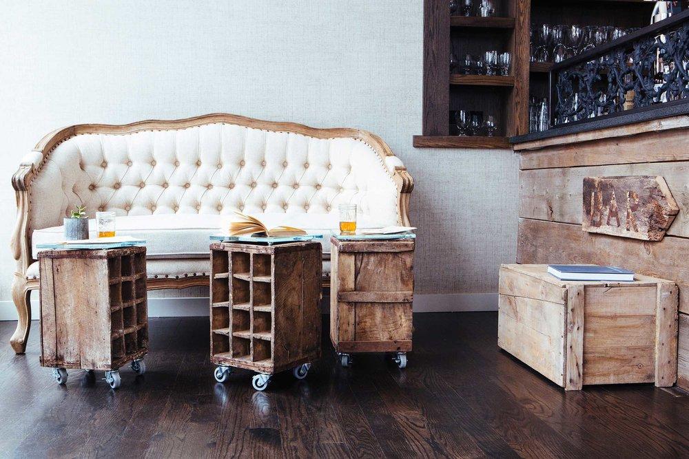 Leo_Designs_Chicago_interior_design_white_oak_tavern1.jpg